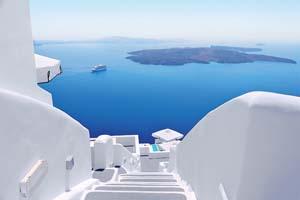 vignette Blanc escaliers et Mediterranee mer vue sur Santorin Grece 80 it_528893342